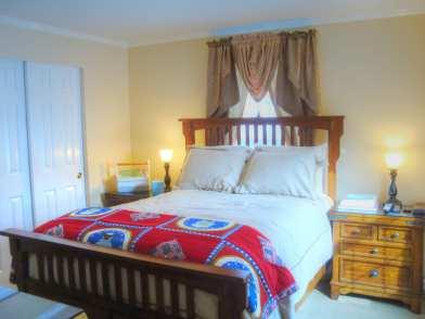 305 Vagabond Street Guest Bedroom