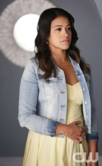 "Jane The Virgin -- ""Chapter Nine"" -- Image JAV109C_189 -- Pictured: Gina Rodriguez as Jane -- Photo: Greg Gayne/The CW -- © 2014 The CW Network, LLC. All rights reserved."