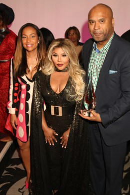 Lil Kim receives the ICON Award at WEEN