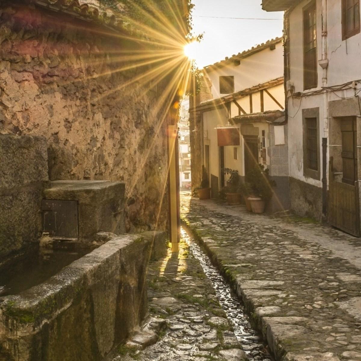 Cooperamos y, con Carlos Gil, paseamos por Candelario (Salamanca) – 7 Días X Delante 13102021