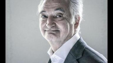 Le devin Jacques Attali