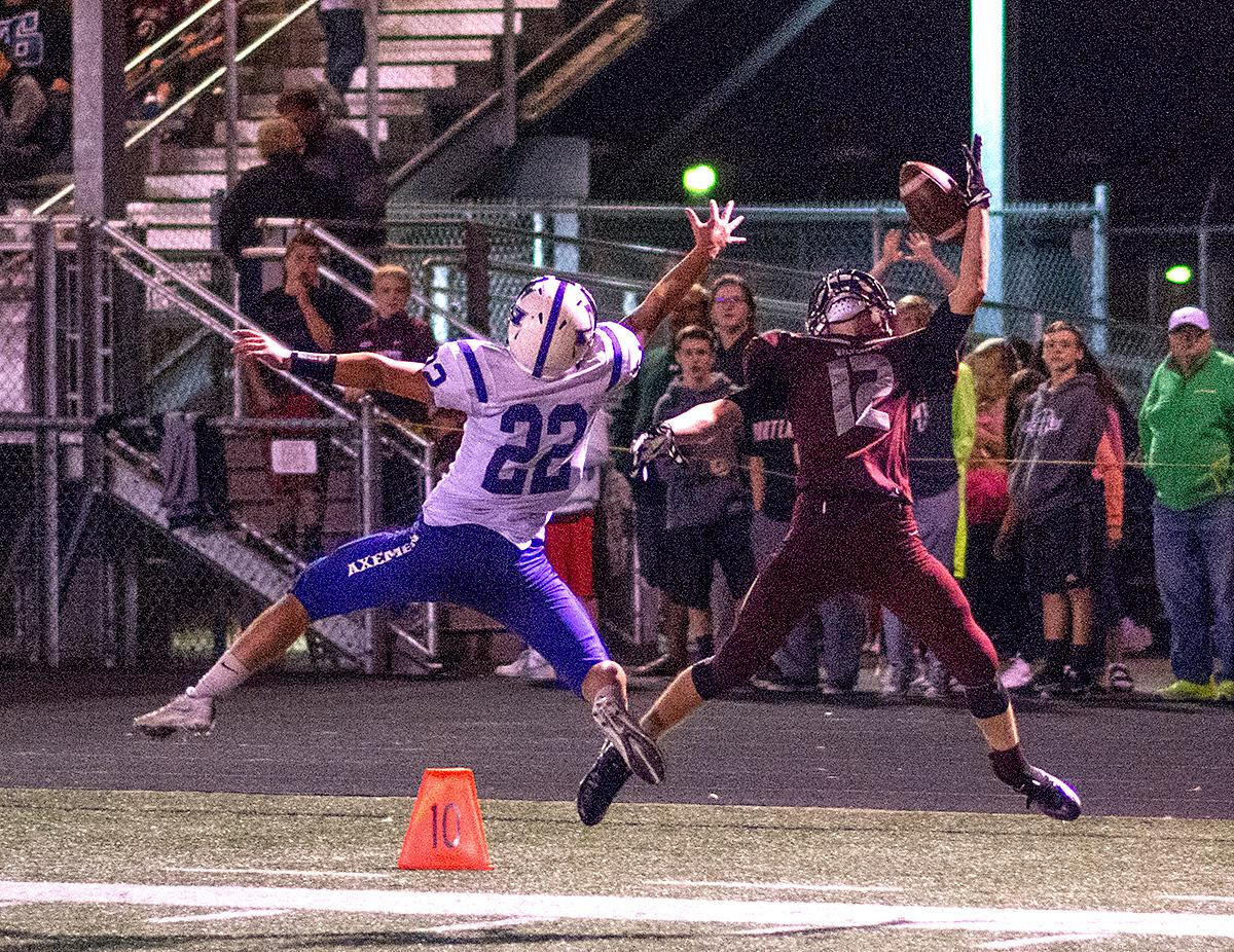 Photos South Eugene clinches victory against Willamette  KMTR