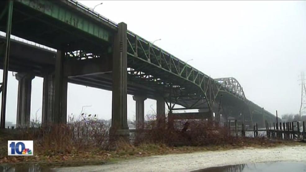 Sakonnet River Bridge set for demolition WJAR