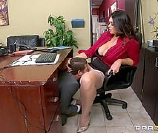 Curvy Boss With Big Tits Makes A Guy Eat And Fuck Her Pussy