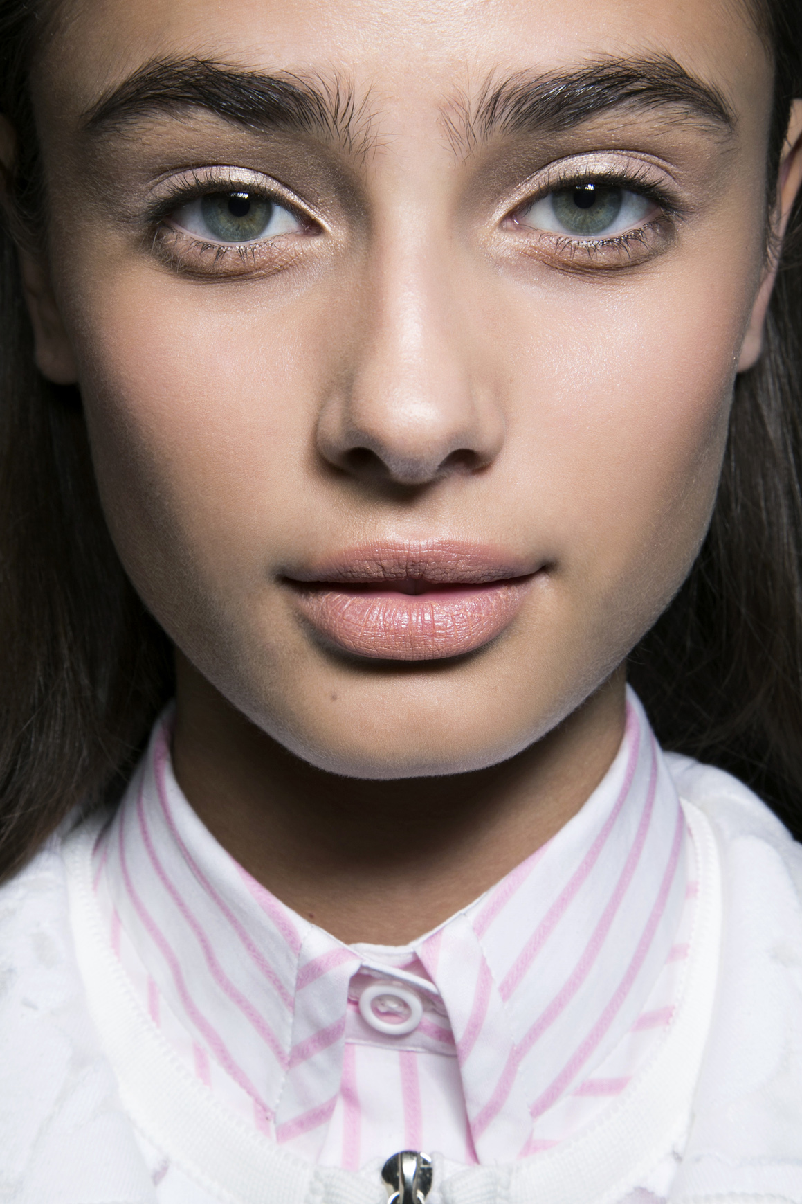 Eyebrow Wax What To Know Before You Go Stylecaster