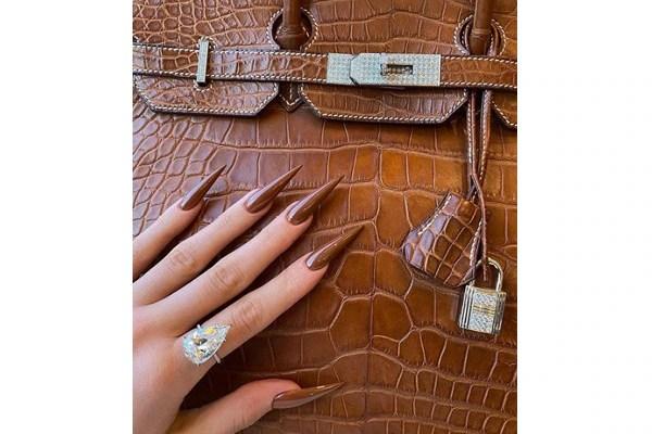 OTT stiletto nails