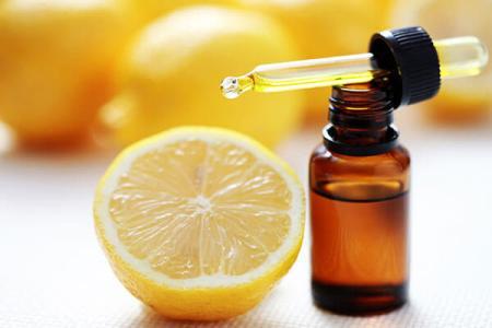 Apply Lemon and Almond Oil