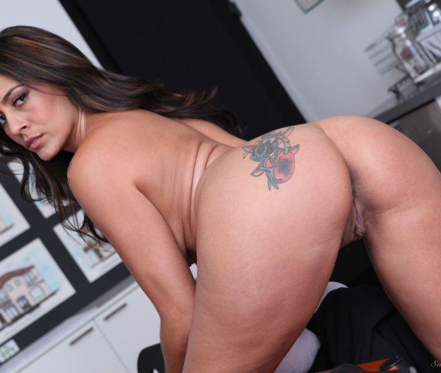 Raylene Porn Photo