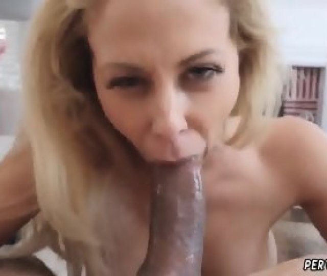 Chinese Teen Fuck Cherie Deville Caught Her Stepboss S Son In Her Room Draining Off With