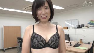 初撮り五十路妻ドキュメント 松原昭代 JRZD-951