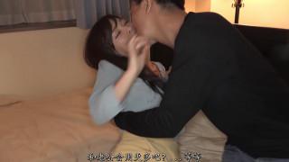 美女妻子佳澄果穗传来的淫乱视讯被别人的肉棒弄得湿答答