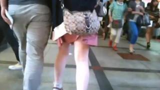 パンツはイメージ通りで上品でエッチな大人のお姉さまが履きそうなパンティーです