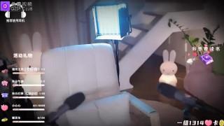 国产剧情3D小剧场:高冷的女上司的奖励ASMR