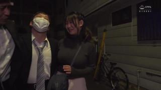 HBAD-589 清楚なフリして爆乳で誘惑してくるこっそり痴女お姉さん 神坂朋子