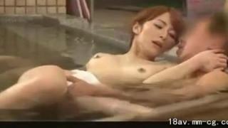 midd-850 [中文]大橋未久が営業中の公共浴場に訪問SEX