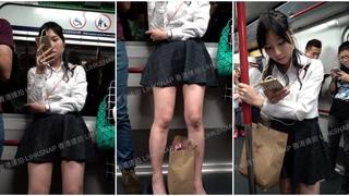 港女走光偷拍(8)