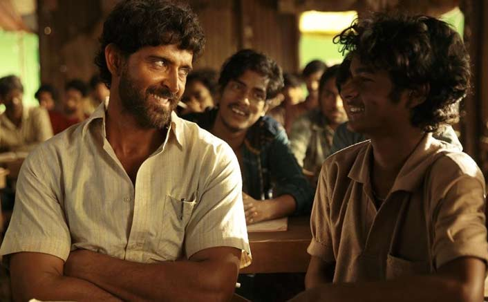 How's The Hype (Audience) Of Super 30? Hrithik Roshan & His Batch Is Unstoppable!