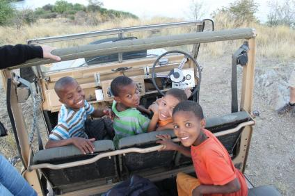 Kinder aus dem Stadtteil Katatura