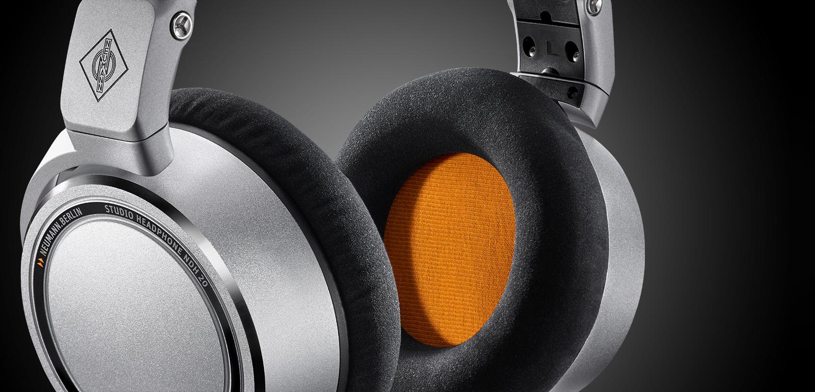 hight resolution of the first neumann headphone