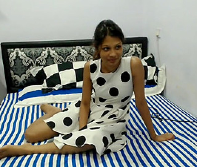 Horny Nice Indian Girlfriend With Two Men