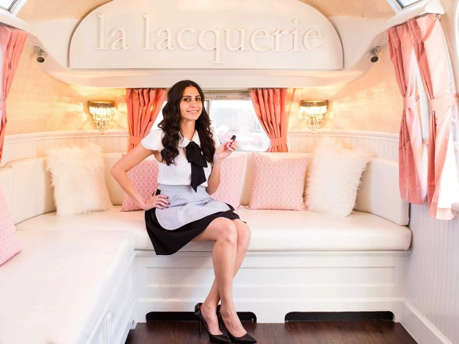 One Of The Four Beauty Mobile Services Features Spa Treatments From Outcall Stella Tan Middle 35 Came Up With Idea For A