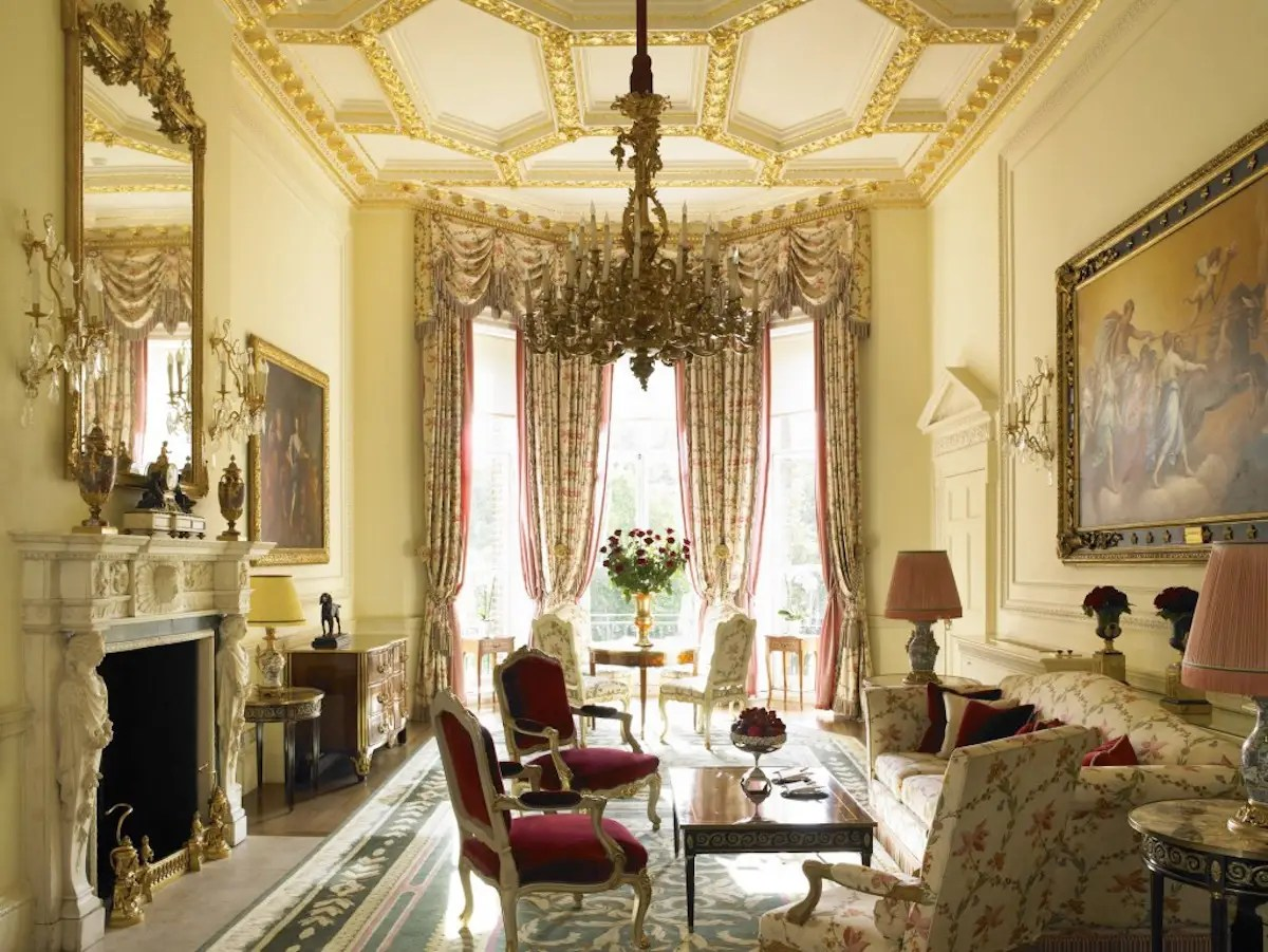 See inside the 20 best luxury hotels in London according to travellers who stayed there
