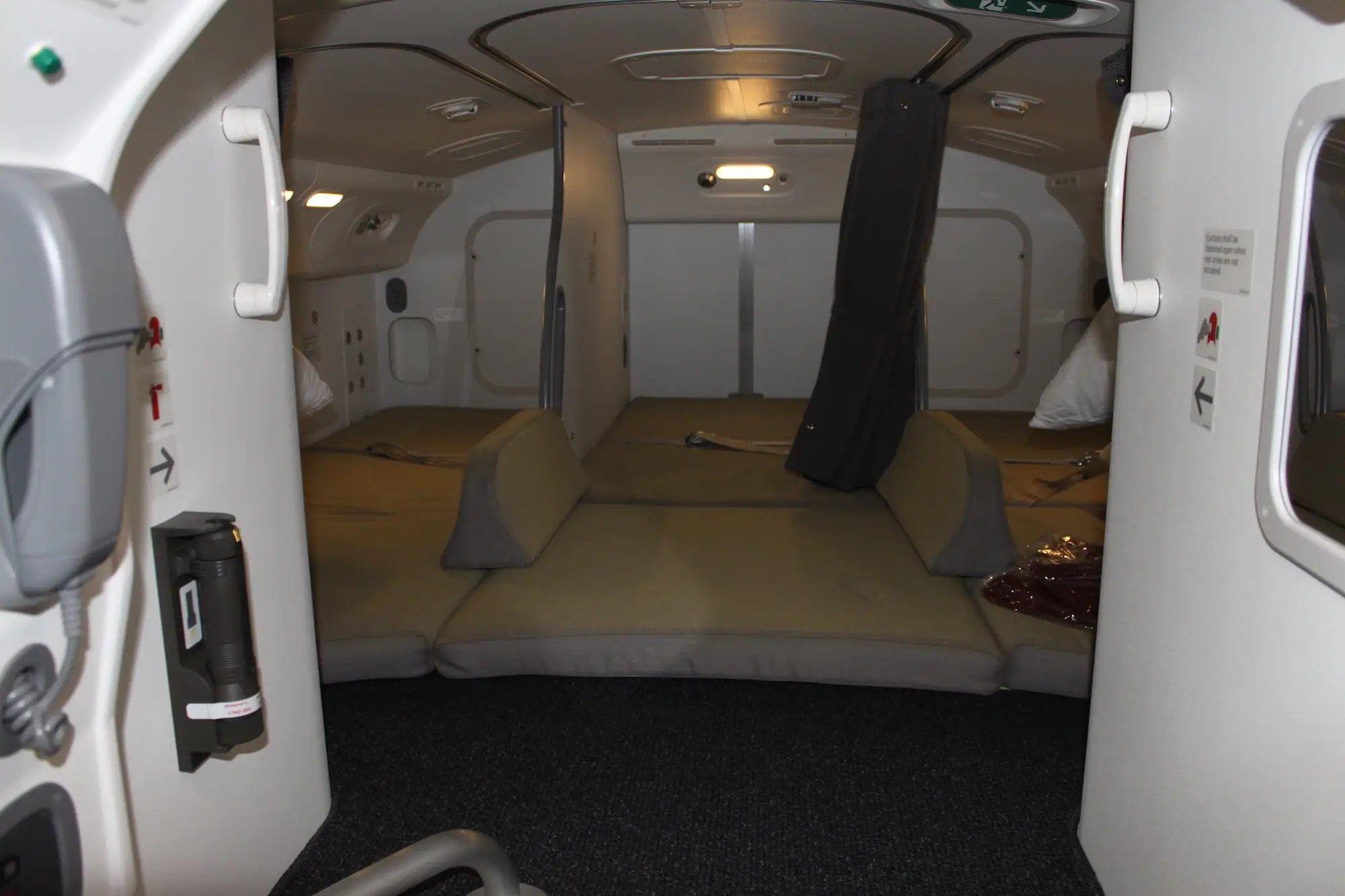 Check out the hidden bedrooms on board Boeings 787