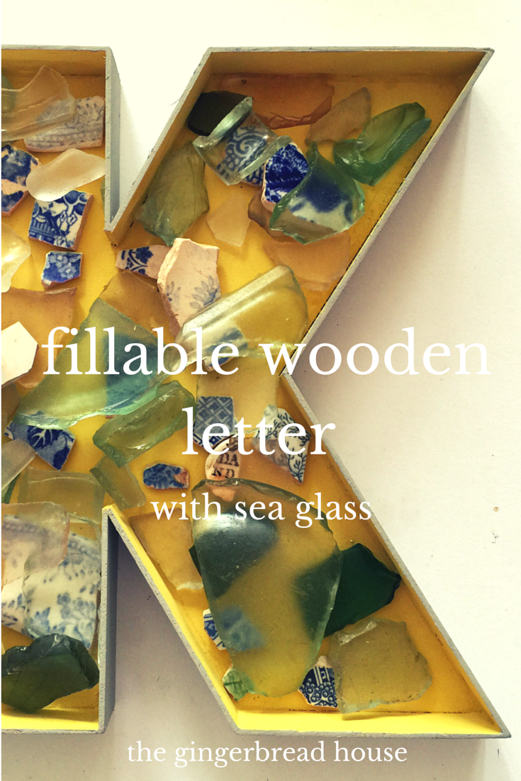 fillable wooden letter - the gingerbread house