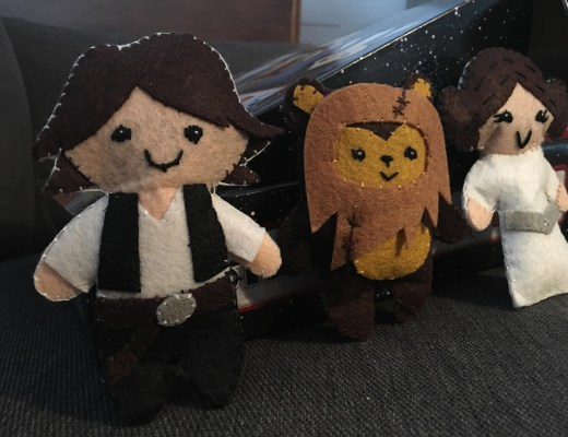 Sewing Star Wars felt toys