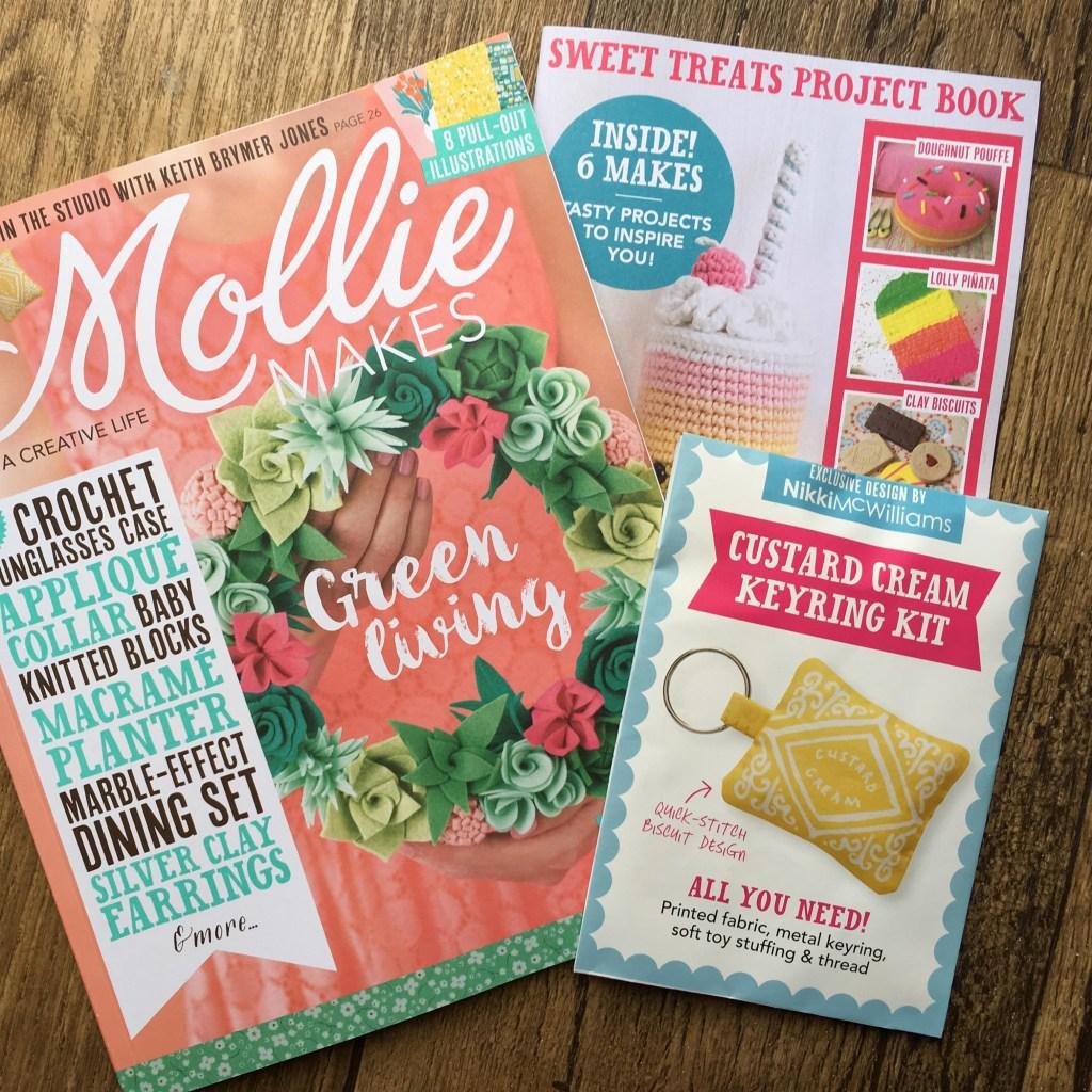 Mollie Makes Custard Cream Keyring Kit