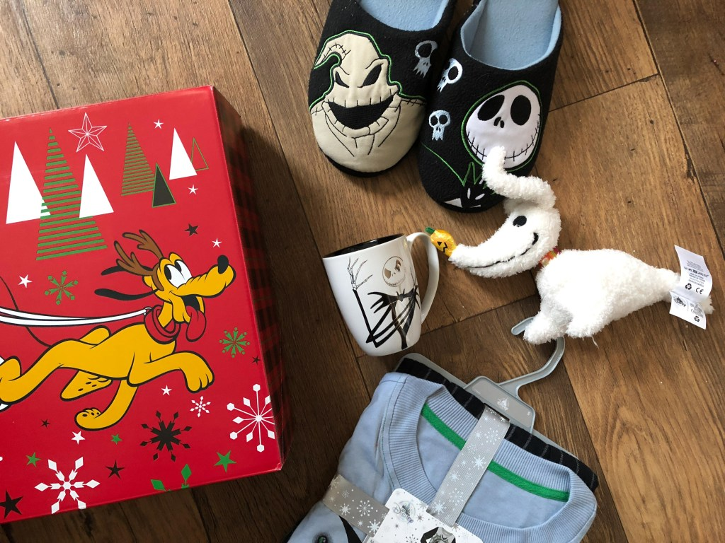 Giving #GiftMagic this Christmas with the Disney Store
