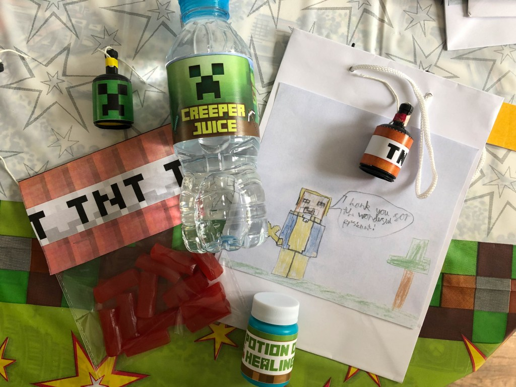 how to put together a Minecraft party bag