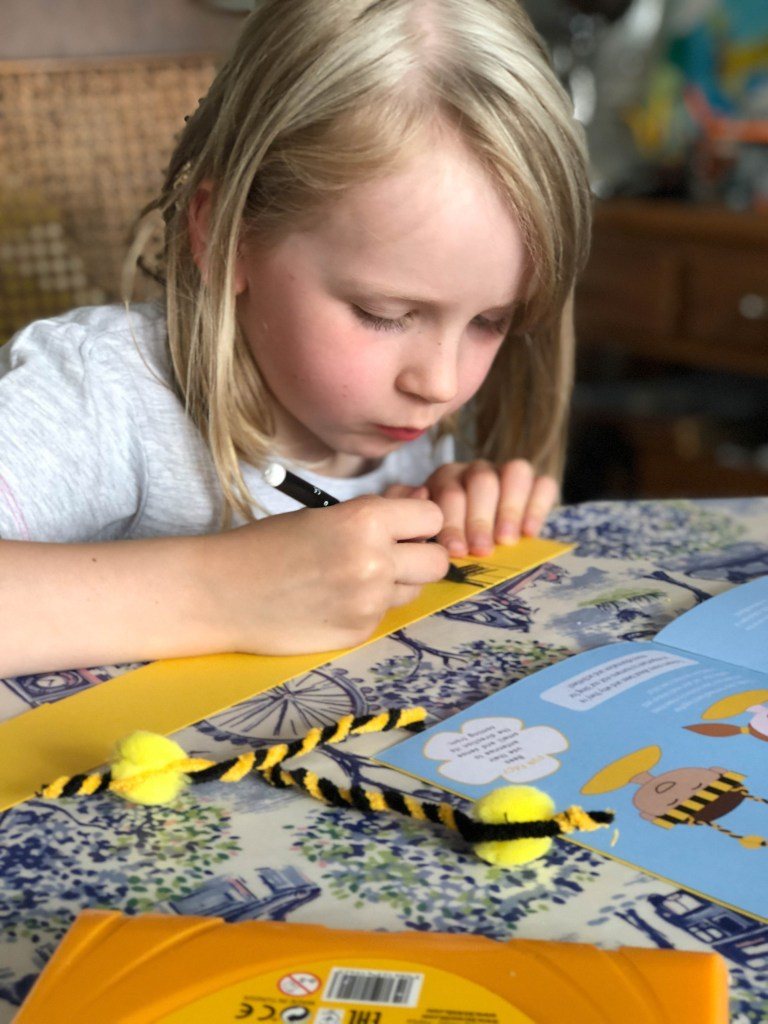 Bumble Bee Headband craft for kids