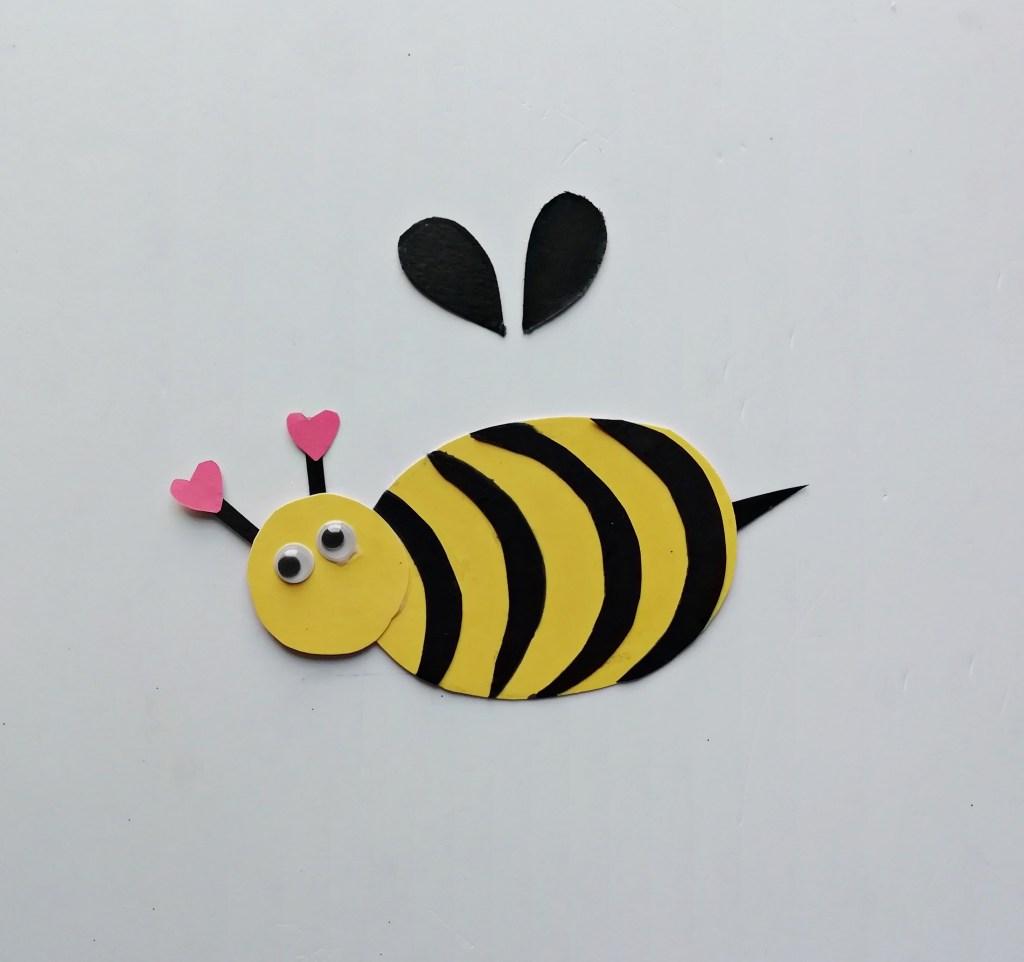 DIY paper Honey Bee