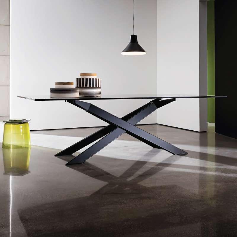 table de salle a manger design en verre et metal cross sovet