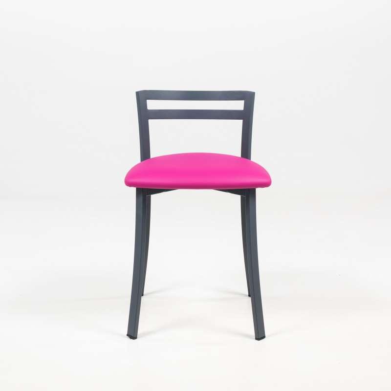 chaise de cuisine avec dossier bas en metal fabriquee en france urane carrier