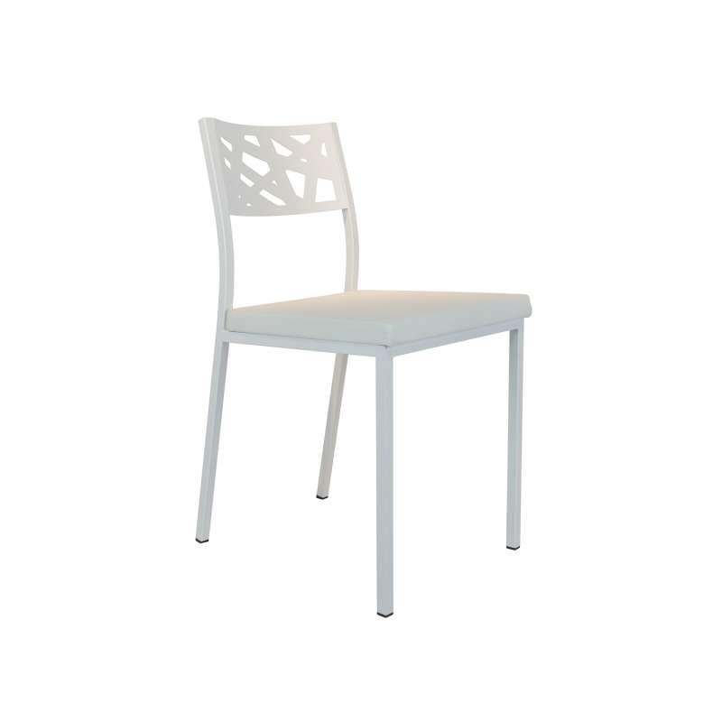 chaise de cuisine assise rembourree avec dossier aux motifs geometriques ajoures tirza