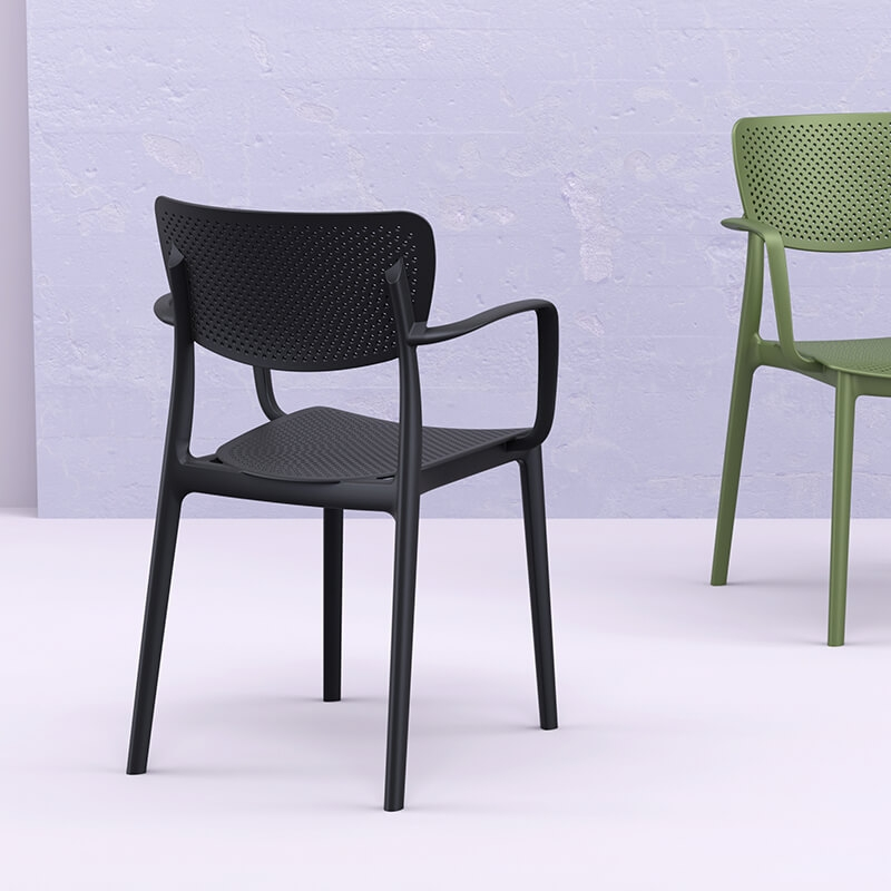 chaise moderne avec accoudoirs en polypropylene micro perfore loft