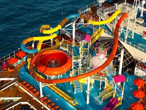 Carnival Magic Fotos Video Y Cruceros En El Barco