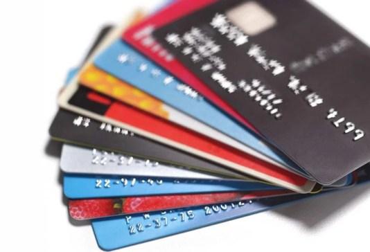 बार-बार अप्लाई करने के बाद भी नहीं बन पा रहा है Credit Card, ये हो सकते है कारण