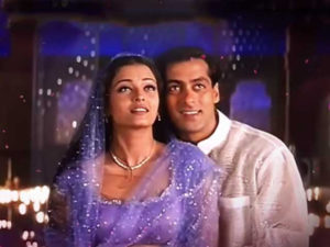 Ishq was fighting with the heroine but the third one who came in the middle beat him every time, watched Salman Khan's movies which was Love Triangle.