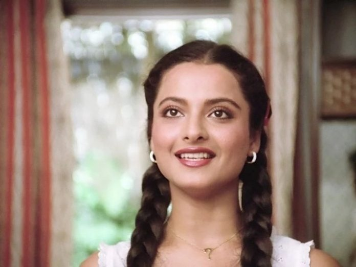 Rekha has acted in more than 400 films but still she dislikes it
