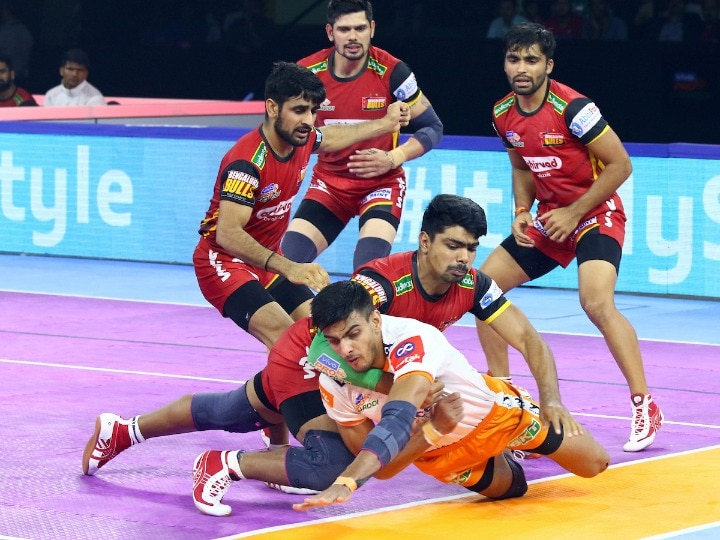 Puneri Paltan Crushes Bangalore In Pro Kabaddi League
