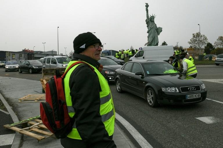 """Action des """"gilets jaunes"""" à Colmar, le 19 novembre 2018."""