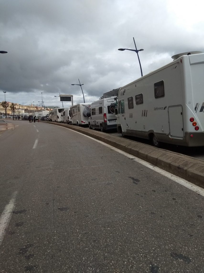 Le Maroc En Camping Car : maroc, camping, Covid-19., Témoignage, Retraités, Saint-Malo, Bloqués, Maroc, Camping-car, Milieu, Autres, Véhicules, Malouin