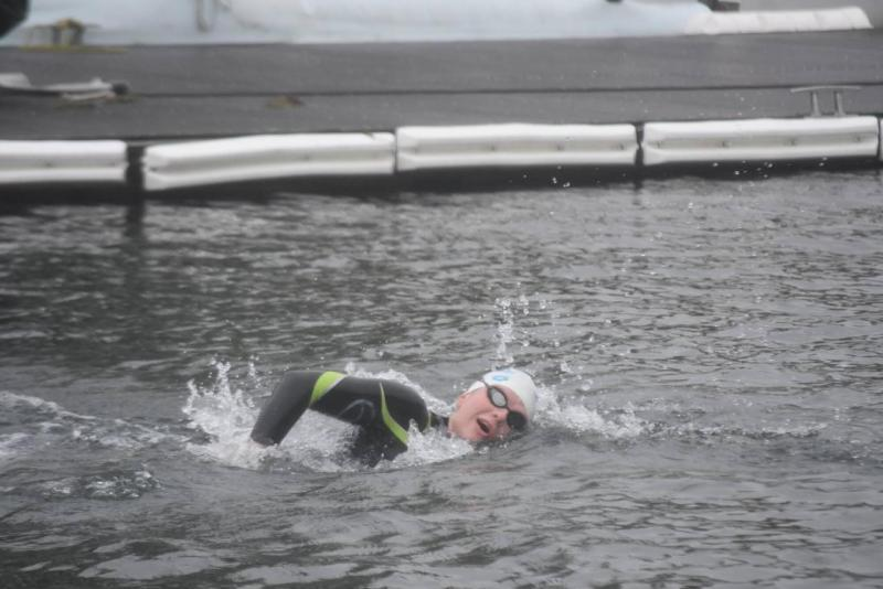 Claire Six (1 juniors 3 over 25 km) won her 6th national title.  La Sarcelloise was the only swimmer to win a medal in each race of the French Open Water Championships.