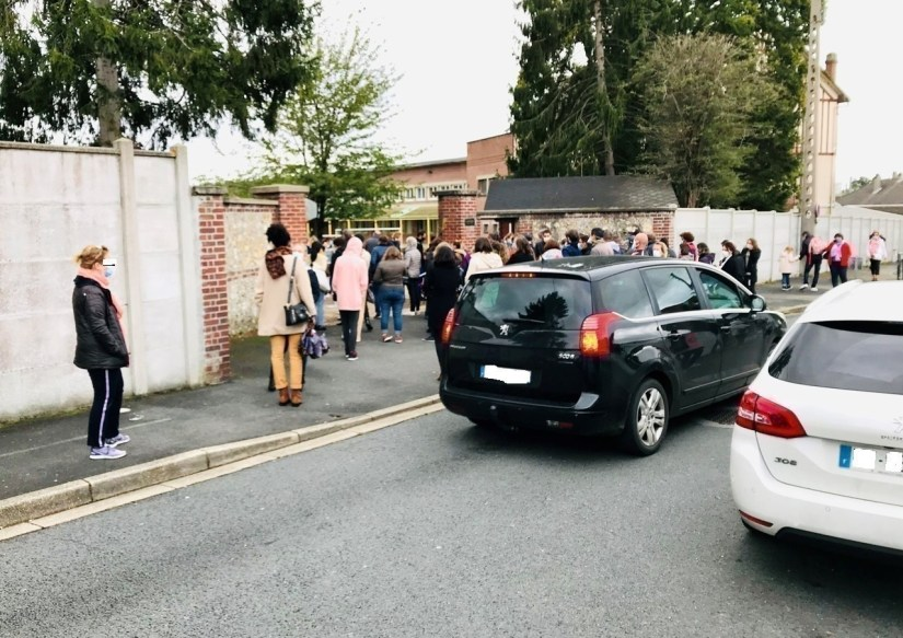 Parents and students want more security around the establishment La Providence, in Mesnil-Esnard, near Rouen (Seine-Maritime).