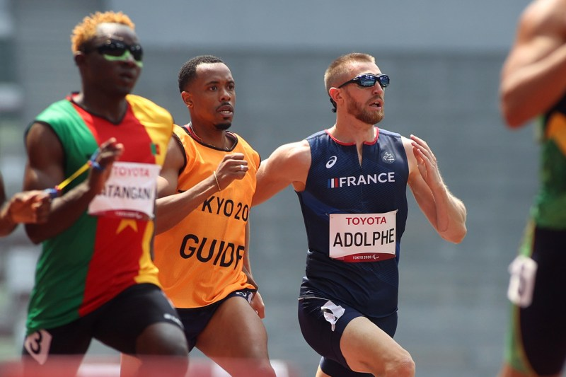 The athlete from Saint-Denis (Seine-Saint-Denis) was disqualified on Saturday August 28, 2021 from the 400 meters series.