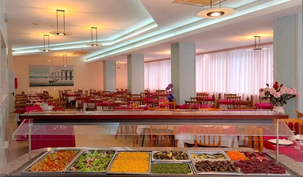 Albergo con Cucina Romagnola a Rimini  Hotel Cosmos