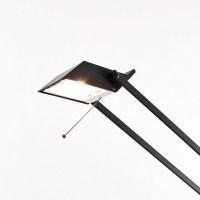 Tizio 50 Desk Lamp | Artemide | Tizio | AmbienteDirect.com